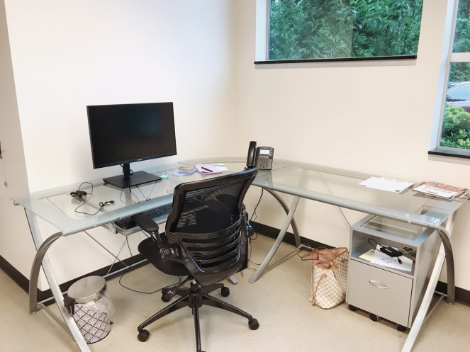 decorating your office desk. How To Decorate Your Office Desk Decorating